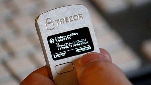 Kryptowährung Hadware Wallet Test